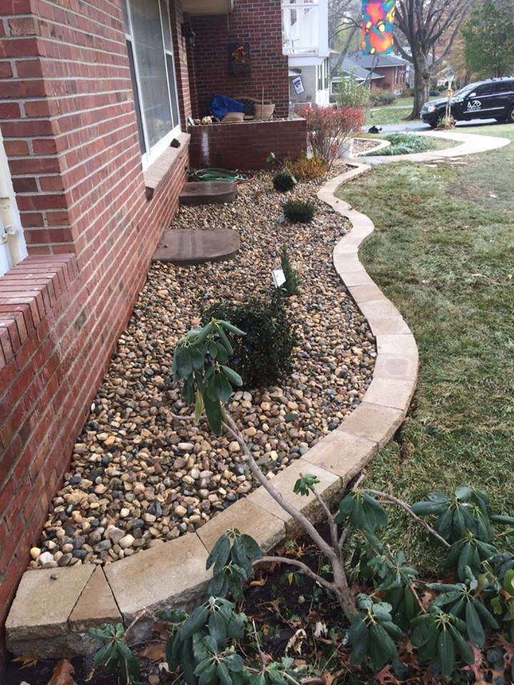 professional garden edging