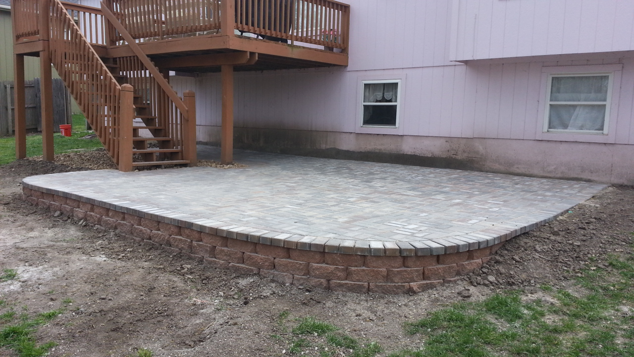 raised patio installation blue springs