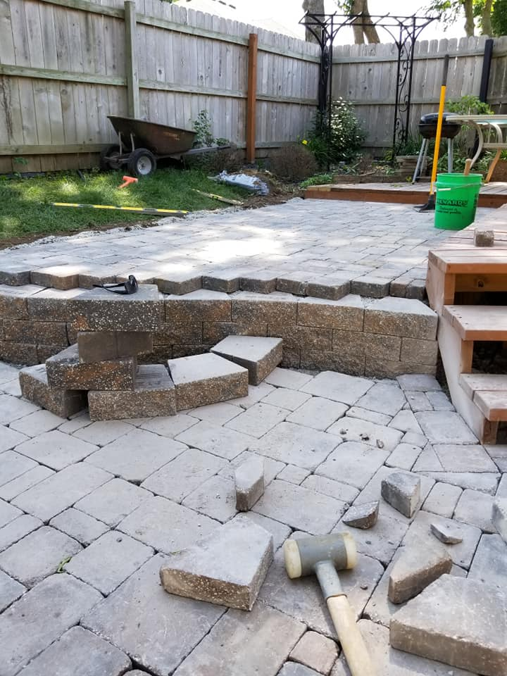 Outdoor Living Hardscape In Blue Springs, MO